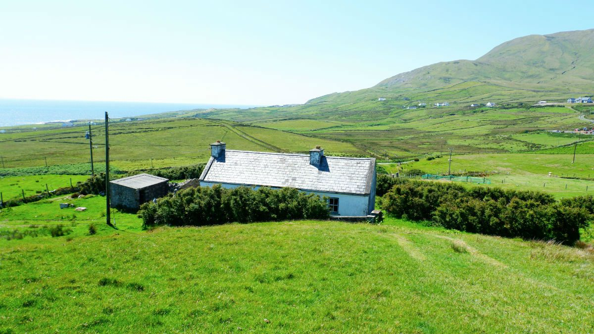 Walking Irelands Clare Island Farm House Yoga