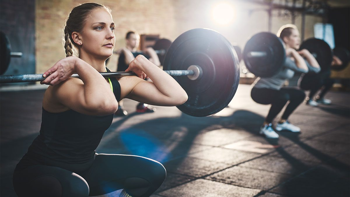 Weight Loss Trainer, quality of woman lifting weights