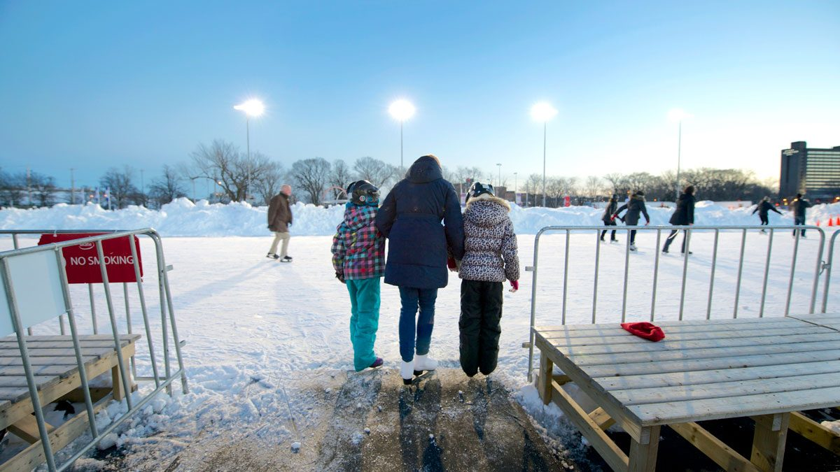 canadian-winter-skating-Destination-Halifax