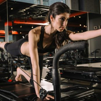 What It's Really Like To Do Meghan Markle's Fave Workout – The Lagree Method