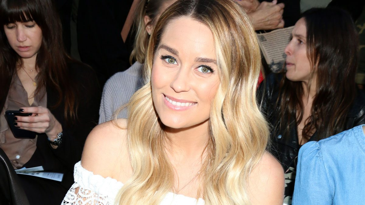 Lauren Conrad drinks lemon water