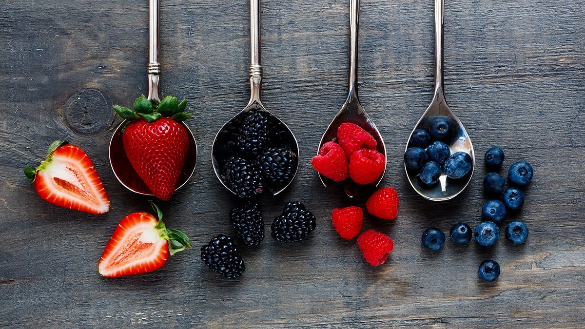 How Berries at Breakfast Could Help You Lose Weight