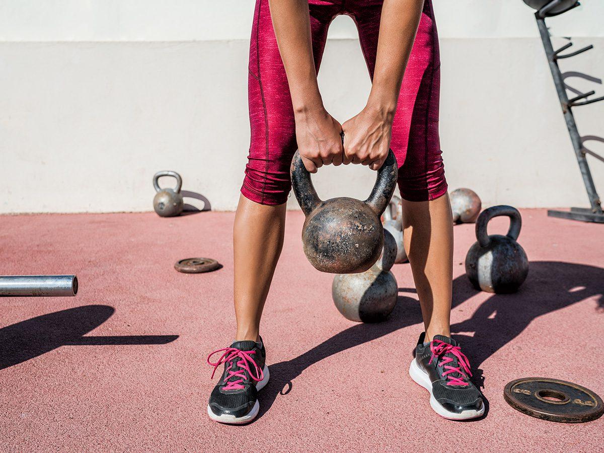 Kettlebell-workout-outdoors