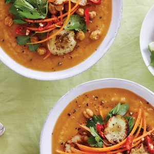 The Ultimate Vegan Sunchoke and Chickpea Soup For a Cozy Night In