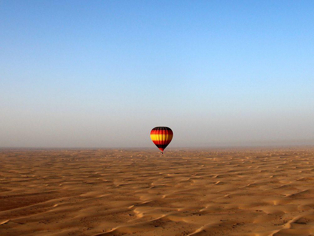 Dubai hot air balloon ride in the desert