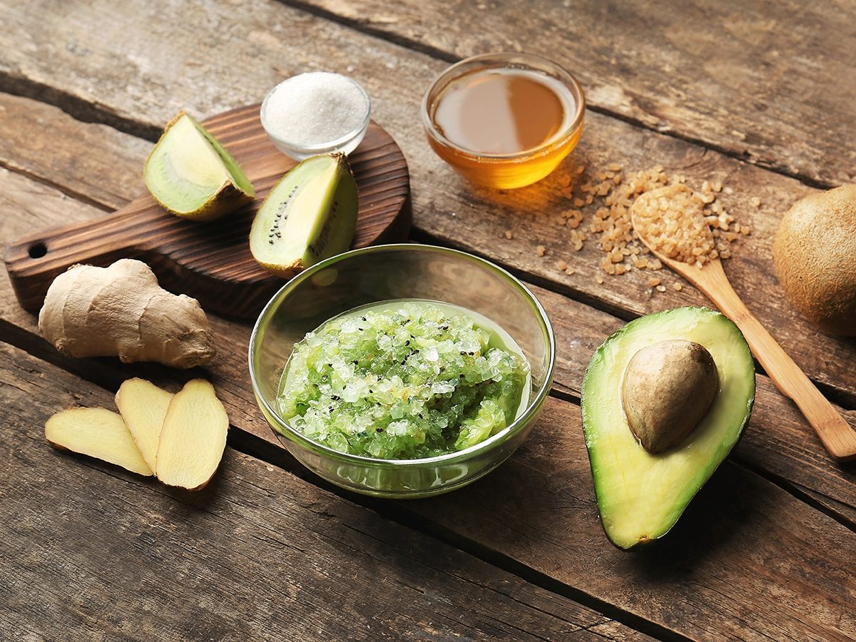 Health trends, DIY avocado and kiwi face scrub