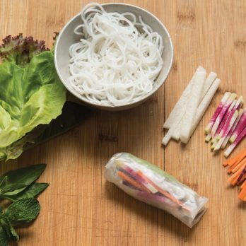 Rice Paper Rolls: A Step-by-Step Guide to Preparing and Rolling
