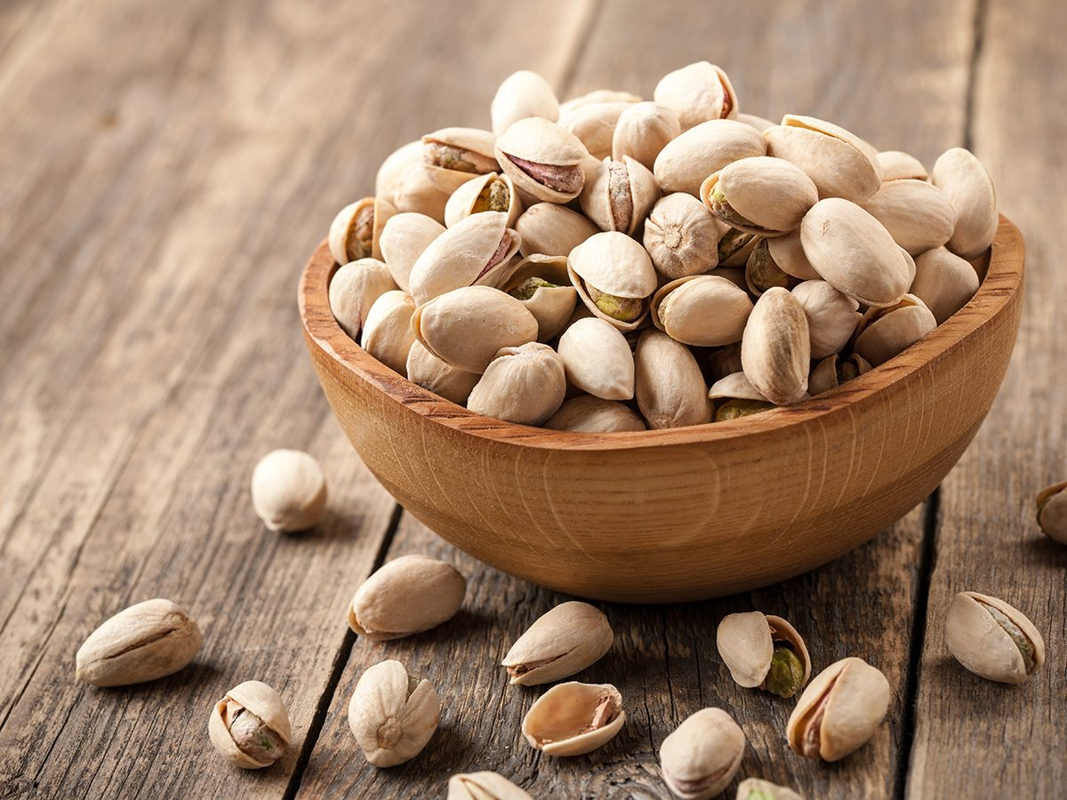 Extreme weight loss, bowl of pistachios