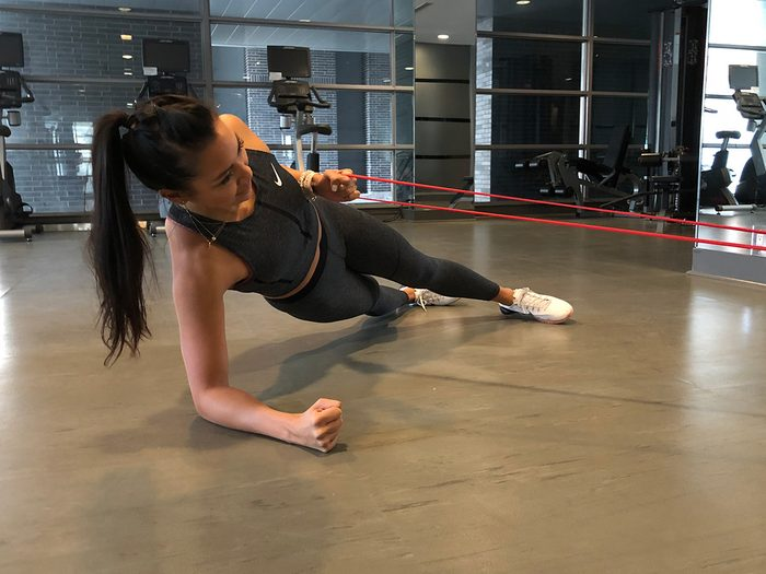 Resistance band workout, Side plank banded rows