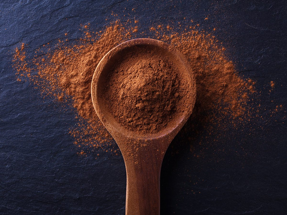 Zero calorie foods, spoonful of cinnamon