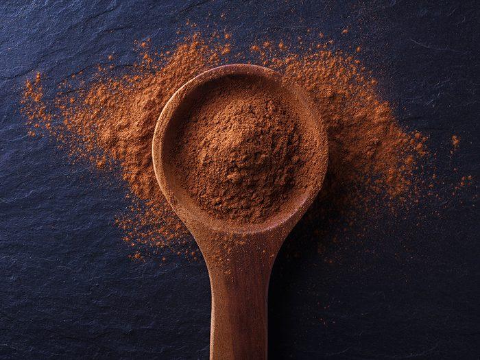 Zero calorie foods, spoonful of cinnamon