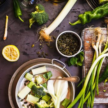 15 Cleansing Foods to Detox Your Body Naturally