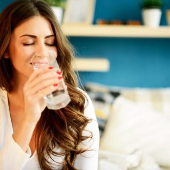 9 Things That Happen to Your Body When You Get a Full 8 Glasses of Water