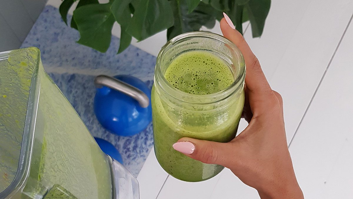 Energize Your Morning With This Fibre-Packed Green Smoothie Recipe