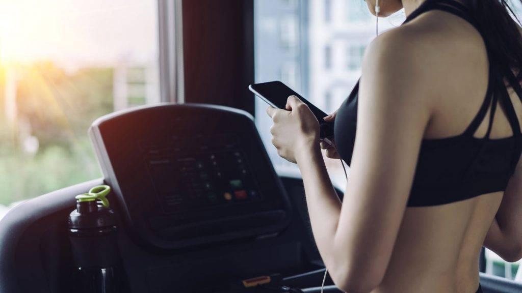 apple gymkit running on treadmill