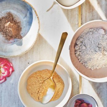 This Oat Flour Beauty Mask is Super Hydrating