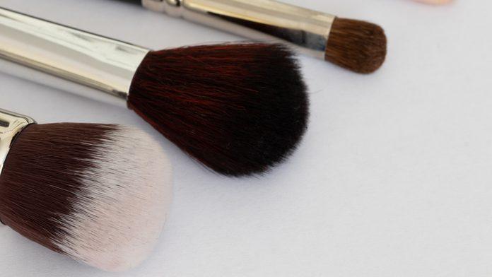 wash makeup brushes beauty