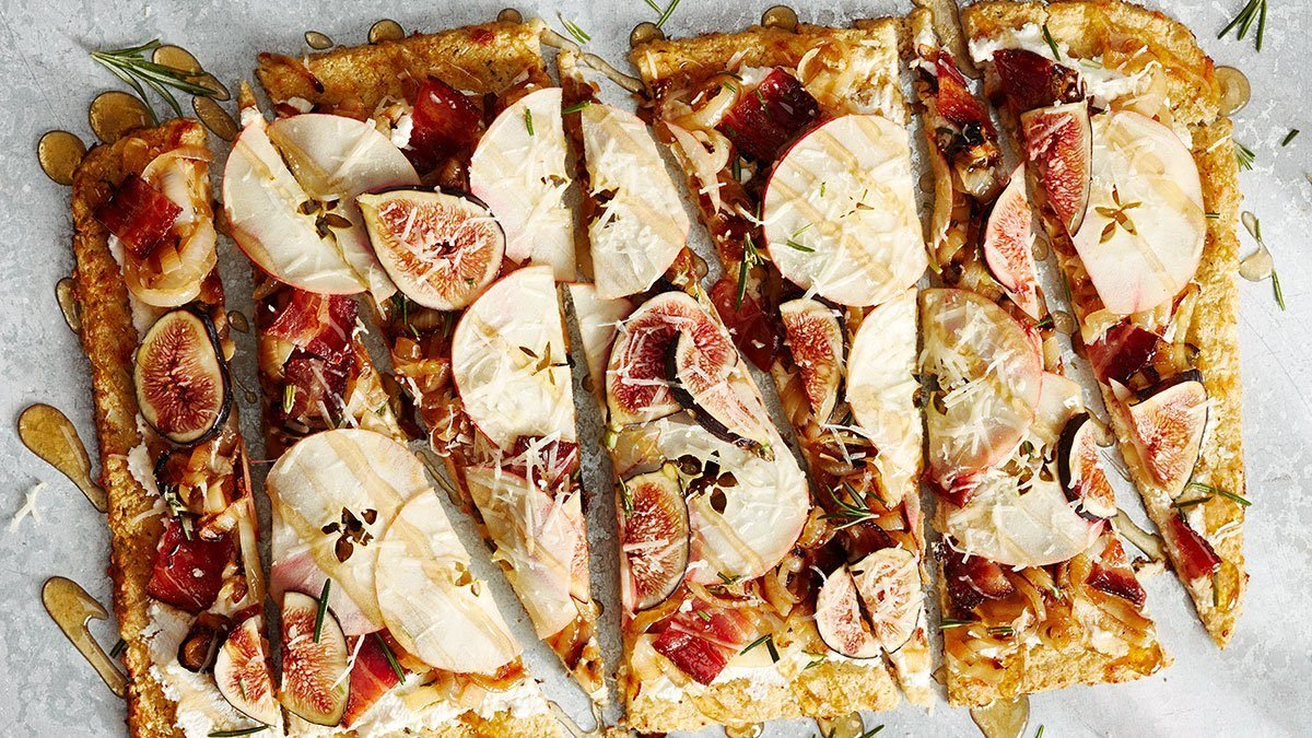 Better For You Crust: Apple, Fig & Caramelized Cauliflower Pizza