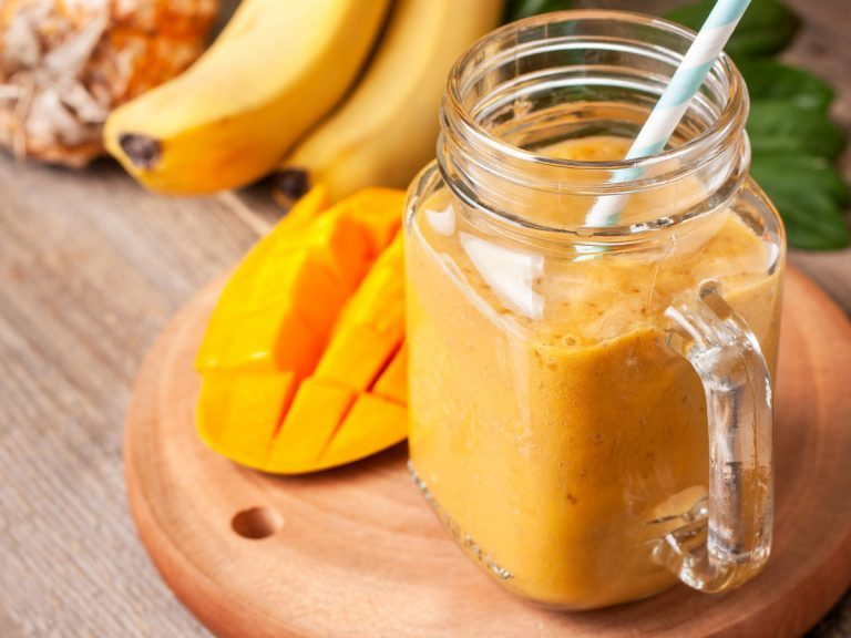Banana-Mango Shake
