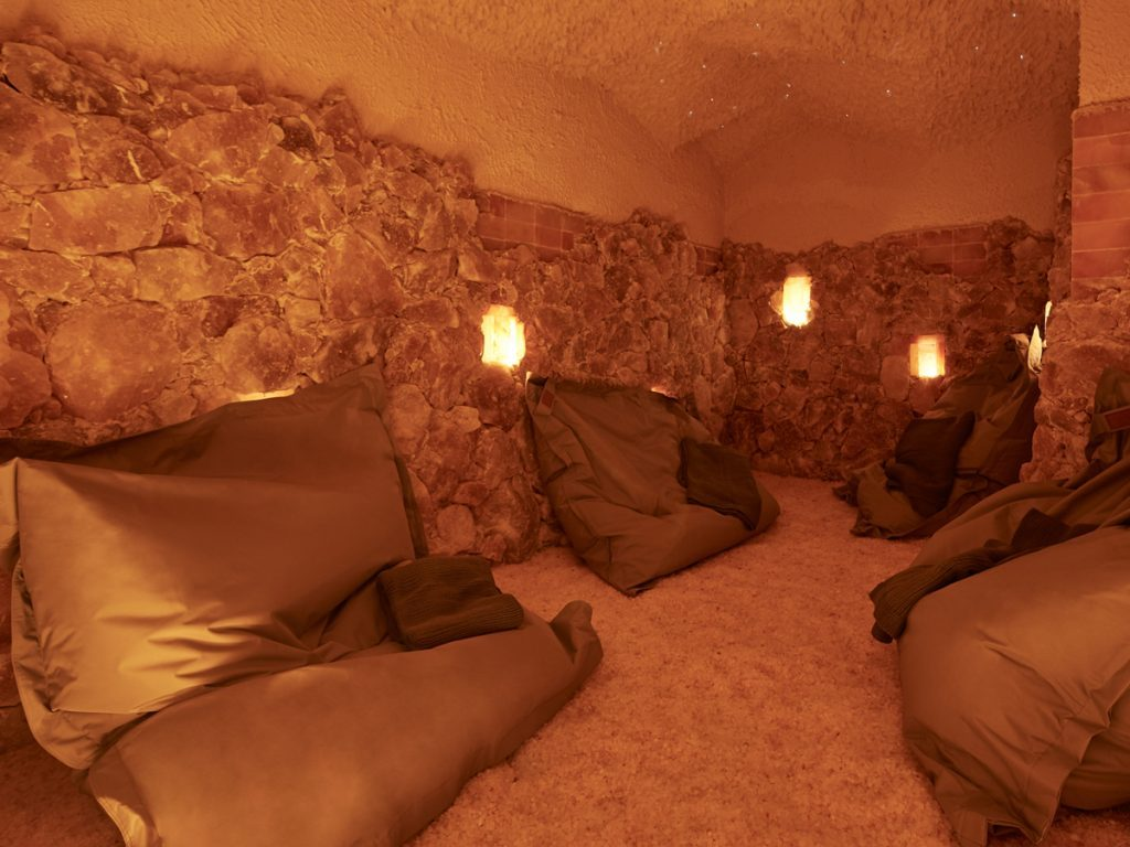 salt therapy in Hoame salt cave