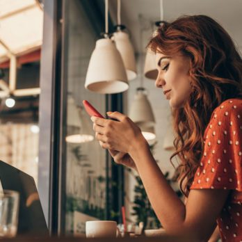 Why Social Media Could Be Destroying Your Chance At Happiness