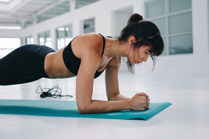 how to plank properly