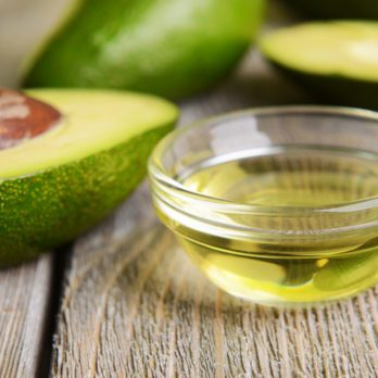 How to Use Avocado Oil to Strengthen Your Hair