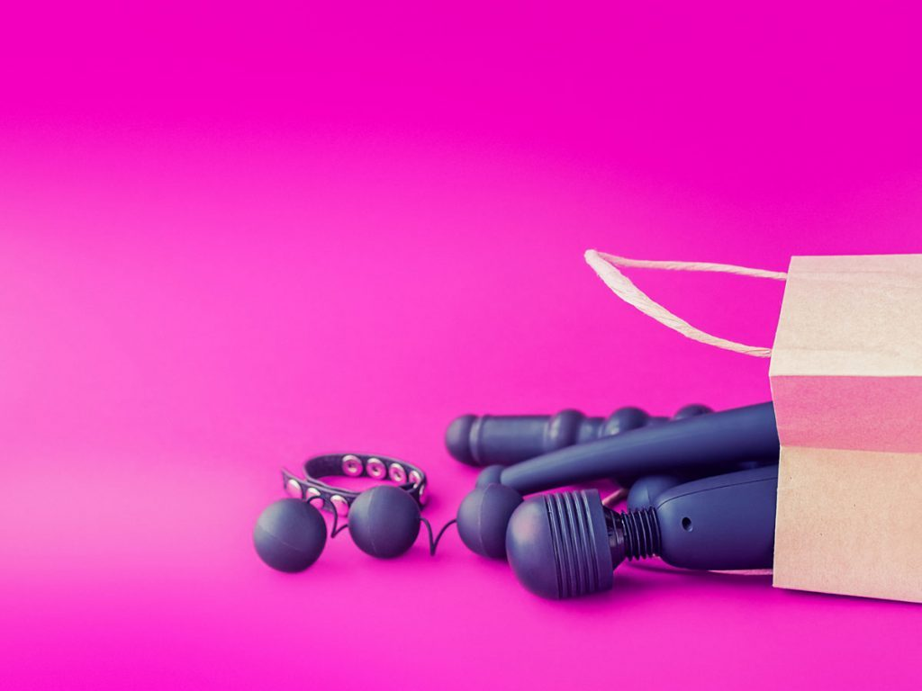 Which adult sex dating sites are real in canada