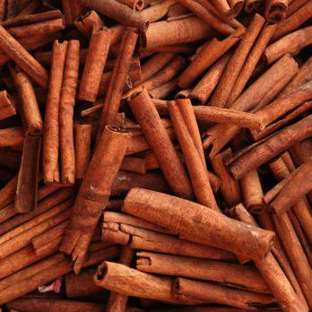 10 Impressive Health Benefits of Cinnamon