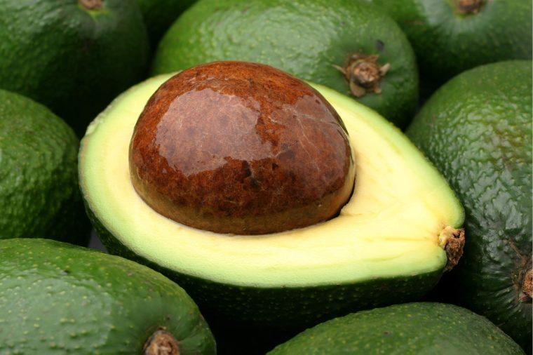 09_avocado_fresh_foods_never_store_together_