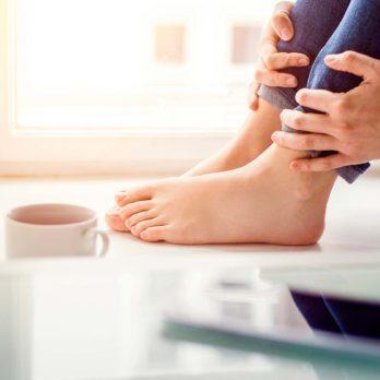 7 Foot and Toenail Fungus Treatments You Can Make at Home