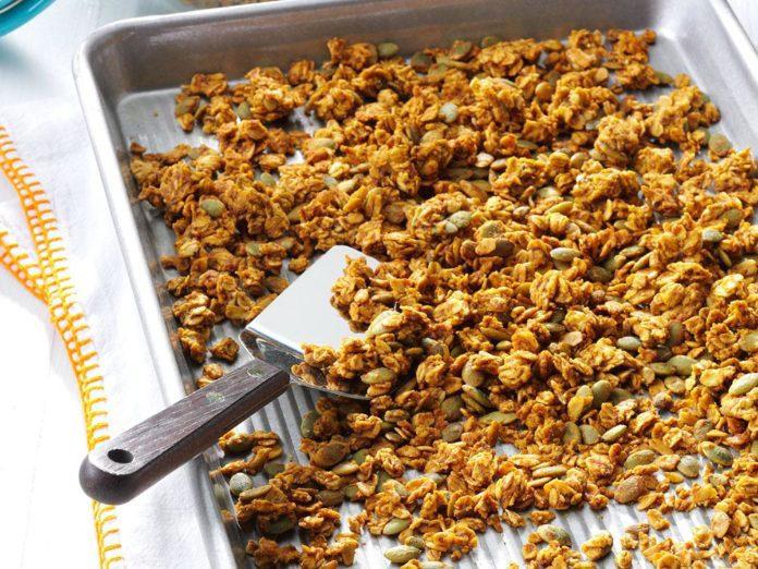 pumpkin pie homemade granola recipe | granola recipes