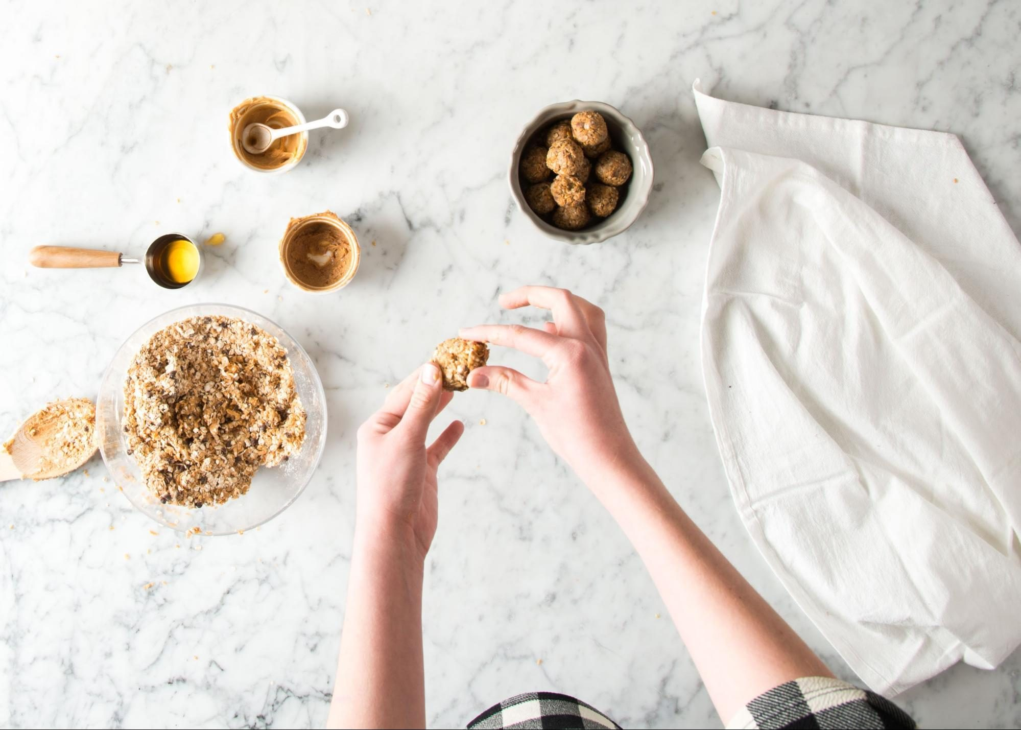 plant-based snacks | Making a healthy snack