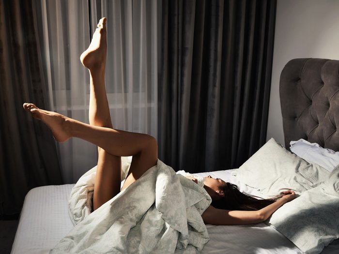 sleep naked - woman in bed