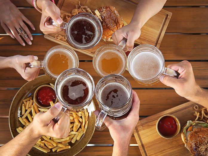 why does alcohol make you hungry?