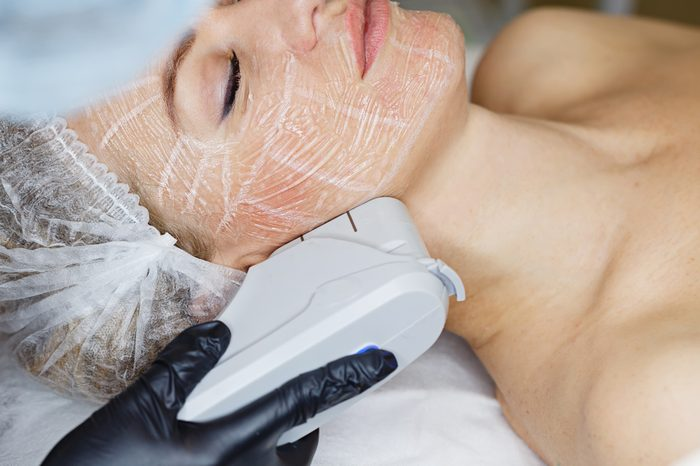 Anti-Aging Treatments | Non-surgical face lifting. SMAS lifting ultrasonic. Facelift. The process of rejuvenation. Spa treatment. Hardware cosmetology.