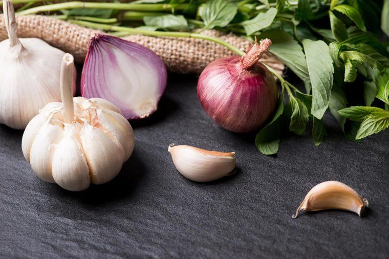 Boost your immunity naturally | garlic