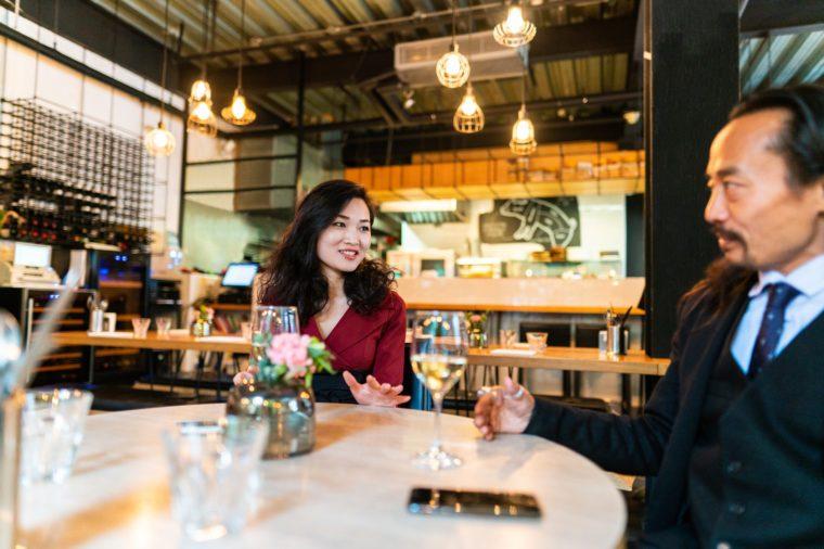 Gluten-free Diet | Celiac Disease | Gluten sensitivity | Gluten Intolerance | Man and woman talking at dinner