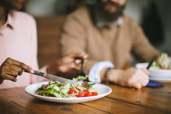 Gluten-free Diet | Celiac Disease | Gluten sensitivity | Gluten Intolerance | Couple eating salad for dinner
