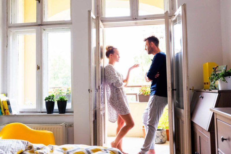 relationship fights | couple in door