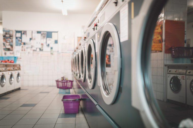 washing clothes protect against coronavirus