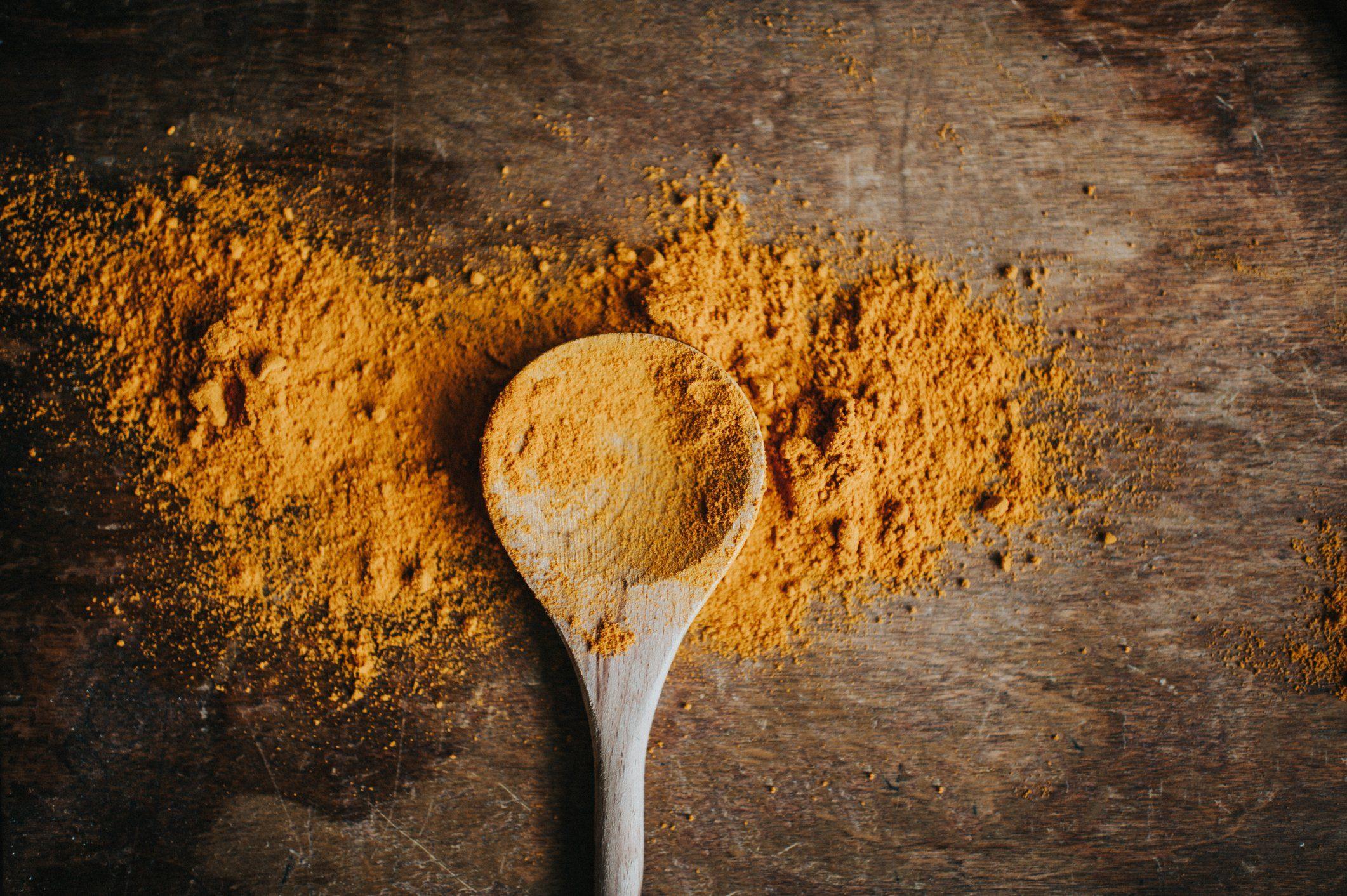 build muscle | turmeric powder overhead