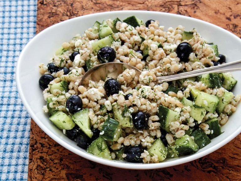 barley blueberry salad