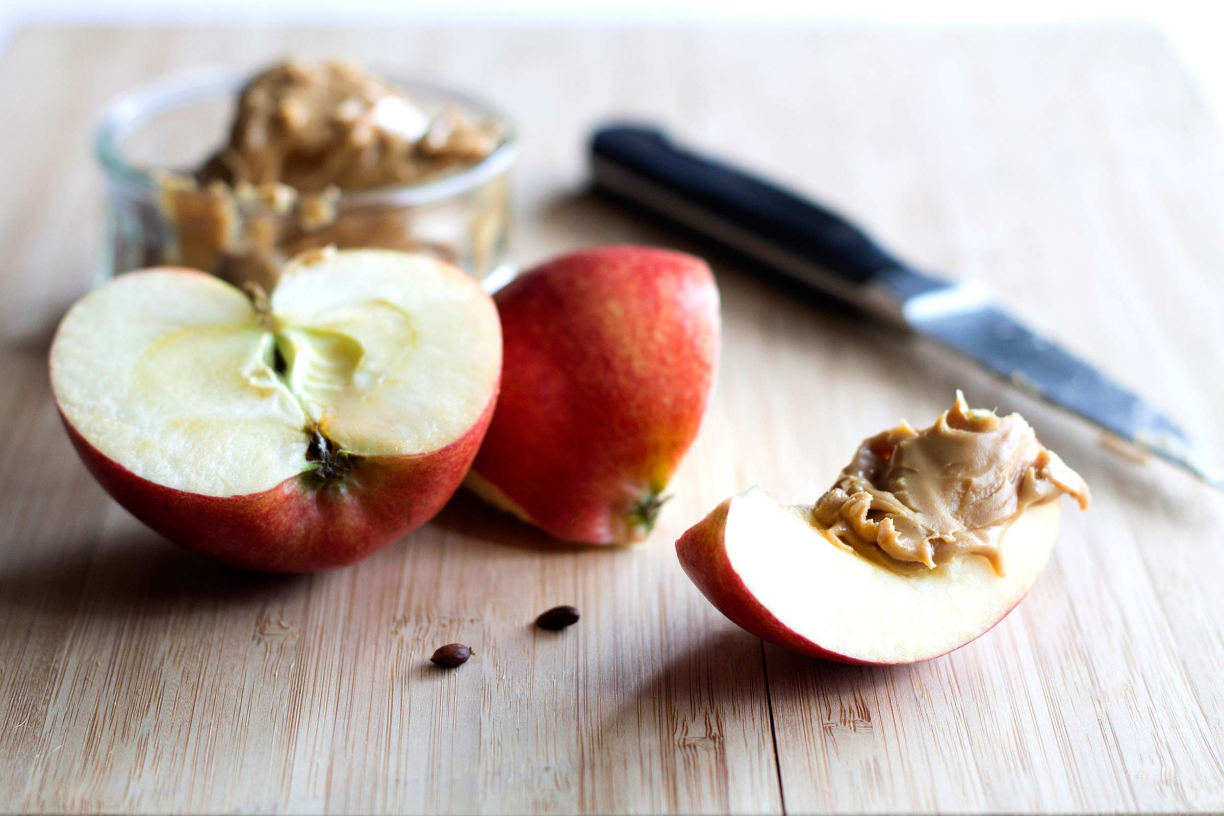 refuel after exercise | apple and peanut butter