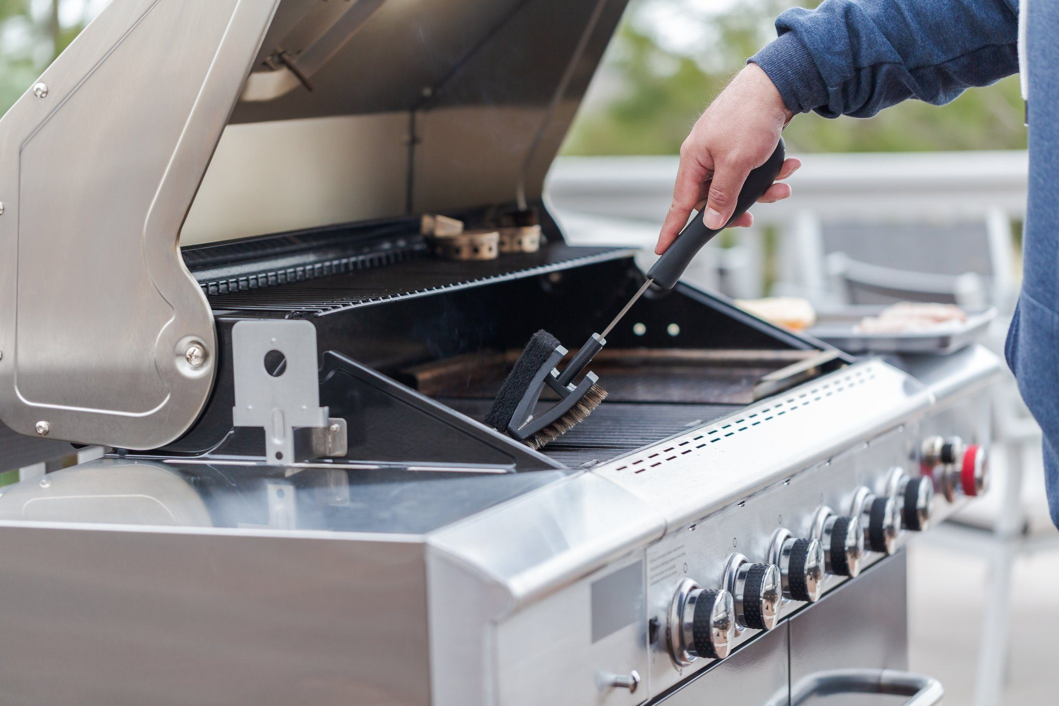 healthier grilling   cleaning the outdoor grill