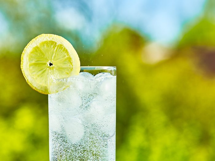 carbonated water | foods to avoid before workout