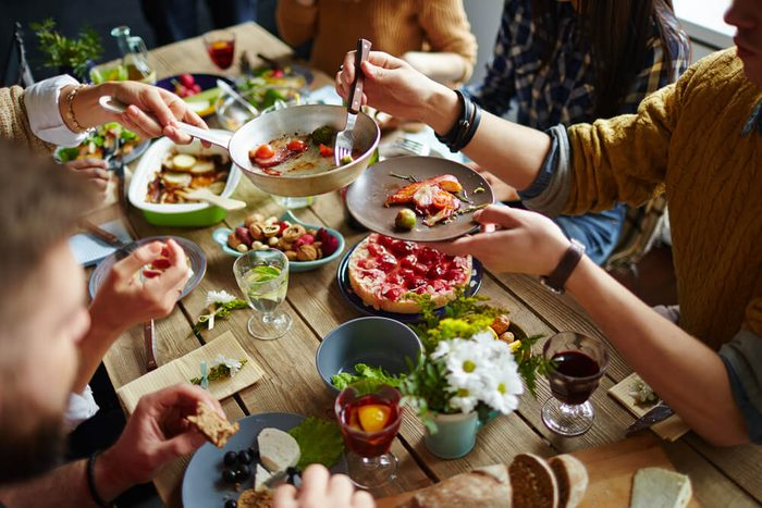 reach your goal weight   People sitting at dining table and eating