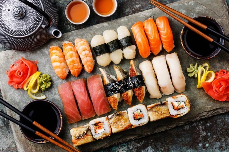 prepared meals nutritionists avoid   sushi