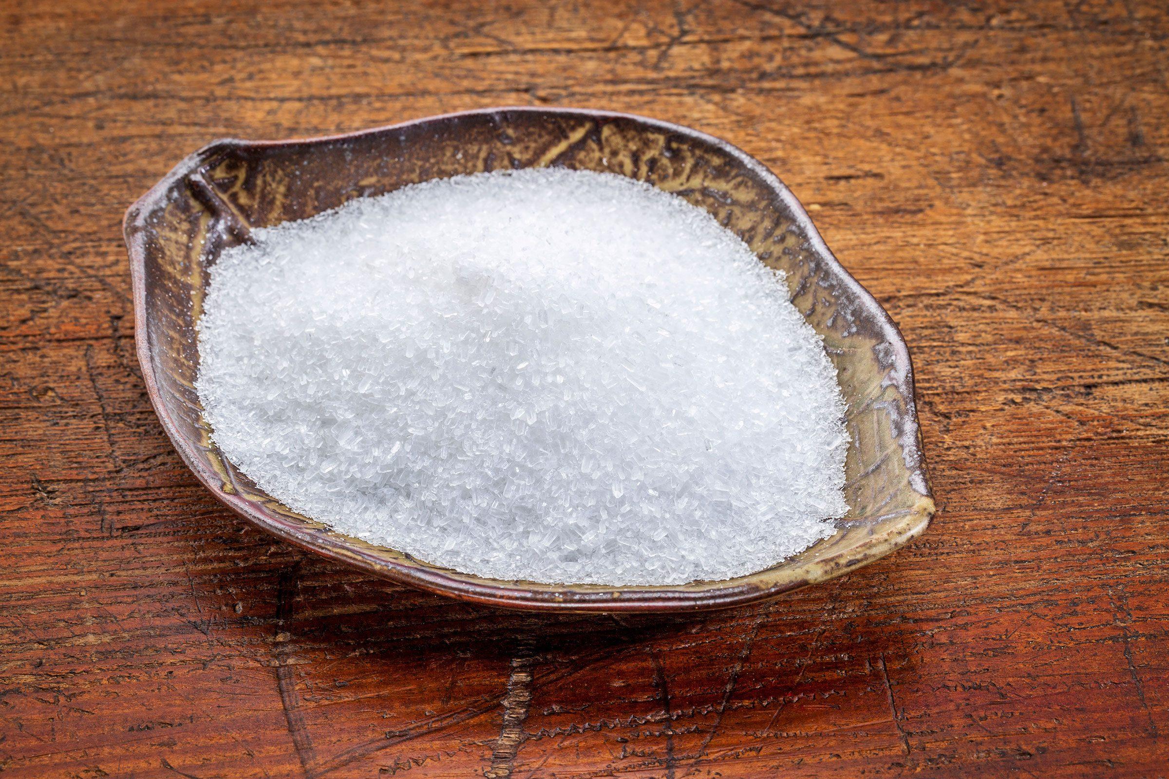 swollen feet | epsom salt in container