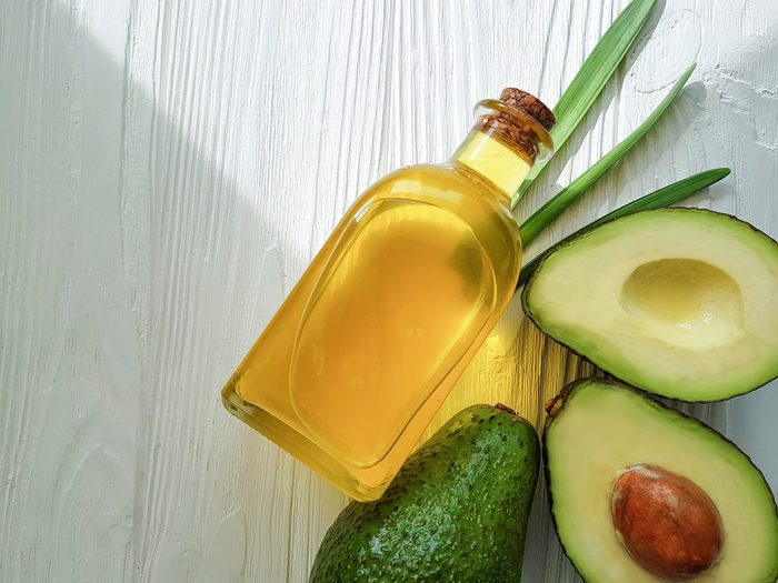 healthiest cooking oils   avocado oil and avocadoes